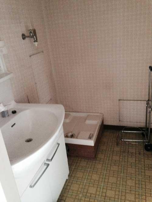 洗面室リフォーム前